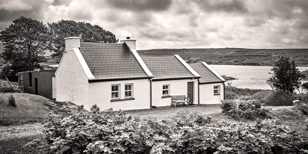 PaulMcGuckin-Donegal Cottage scaled